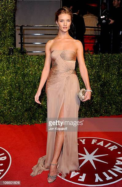 Actress Rosie HuntingtonWhiteley arrives at the Vanity Fair Oscar Party held at Sunset Tower on February 27 2011 in West Hollywood California