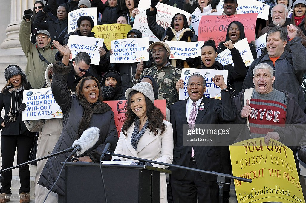 Actress Rosie Perez (center) attends the Citizen's for Access to the Arts Coalition news conference at Brooklyn Borough Hall on January 10, 2013 in the Brooklyn borough of New York City. The group is speaking out against Time Warner Cable Inc.'s decision to no longer carry the television channel Ovation.