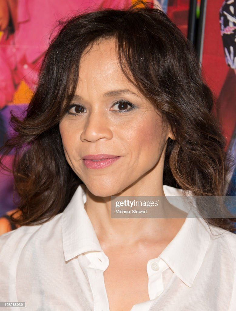 Actress Rosie Perez attends The Museum of Modern Art's Jazz Interlude Gala at Museum of Modern Art on December 12, 2012 in New York City.