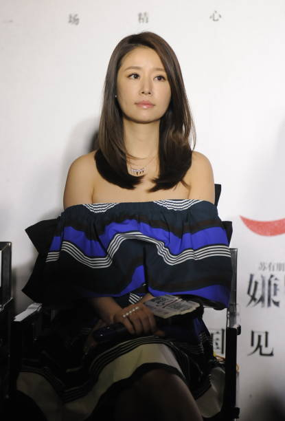 Ruby Lin Promotes Film In Jinan Photos and Images | Getty ...