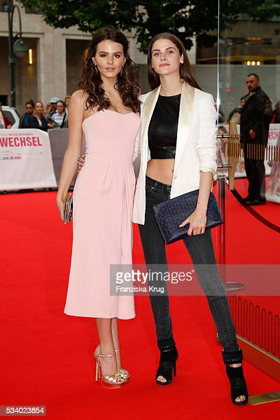 Actress Ruby O Fee and actress Lisa Tomaschewsky attend the premiere of 'Seitenwechsel' at the Zoo Palast on May 24 2016 in Berlin Germany