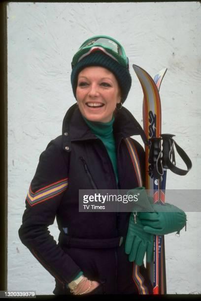 Actress Rula Lenska dressed for skiing, circa 1979.