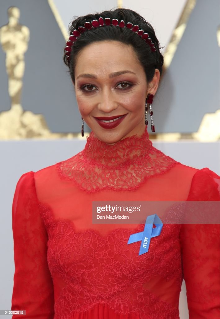 Actress Ruth Negga arrives at the 89th Annual Academy Awards at Hollywood & Highland Center on February 26, 2017 in Hollywood, California.