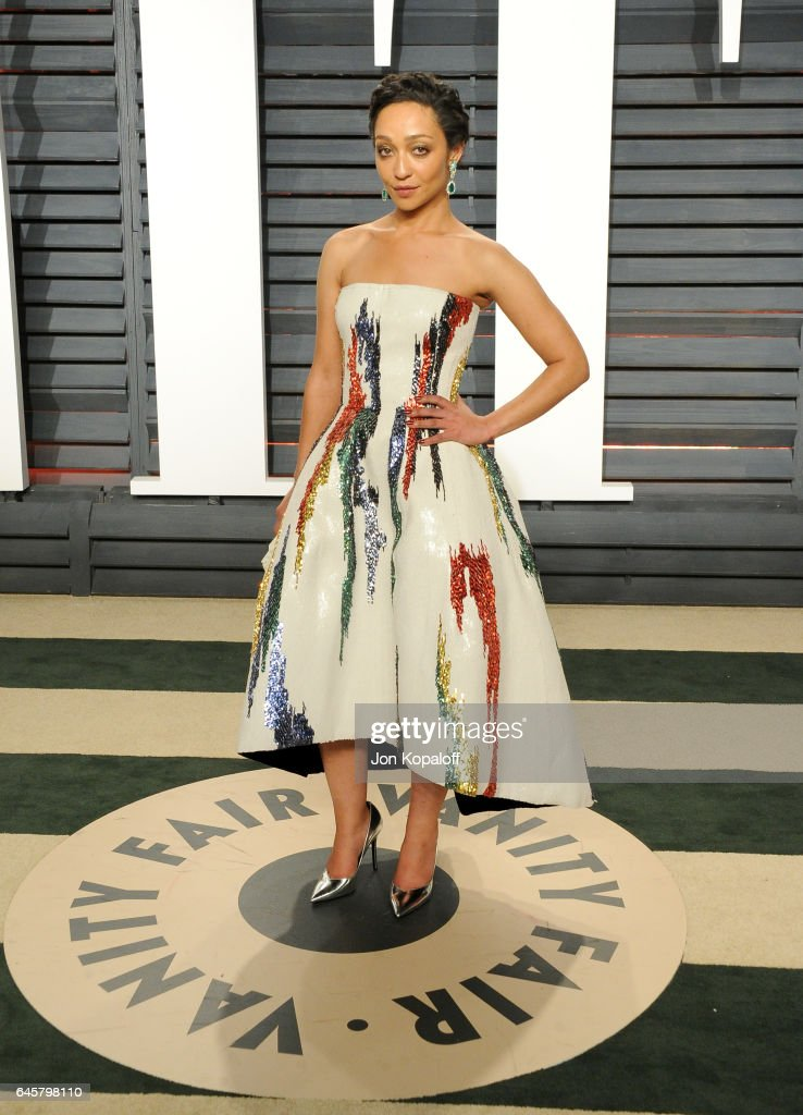 Actress Ruth Negga attends the 2017 Vanity Fair Oscar Party hosted by Graydon Carter at Wallis Annenberg Center for the Performing Arts on February 26, 2017 in Beverly Hills, California.