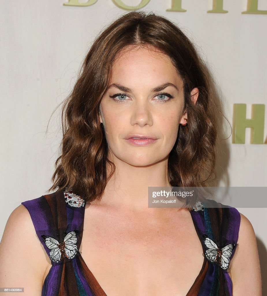 Actress Ruth Wilson arrives at Bottega Veneta Hosts Hammer Museum Gala In The Garden on October 14, 2017 in Westwood, California.