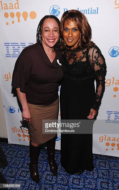 Actress S Epatha Merkerson and Singer/actress Jennifer Holliday pose backstage during the 20th Annual GLAAD Media Awards at Marriott Marquis on March...