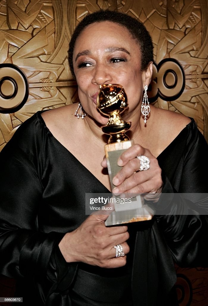 Actress S. Epatha Merkerson arrives at the HBO Golden Globe after party held at the Beverly Hilton on January 16, 2006 in Beverly Hills, California.