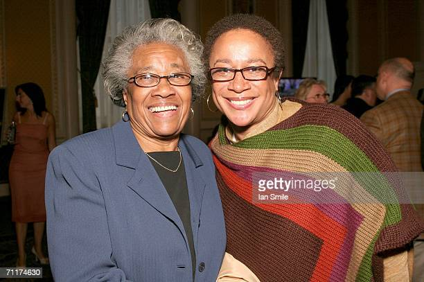 Actress S Epatha Merkerson poses with her mother at The Tony Awards Honor Presenters And Nominees at the Waldorf Astoria on June 10 2006 in New York