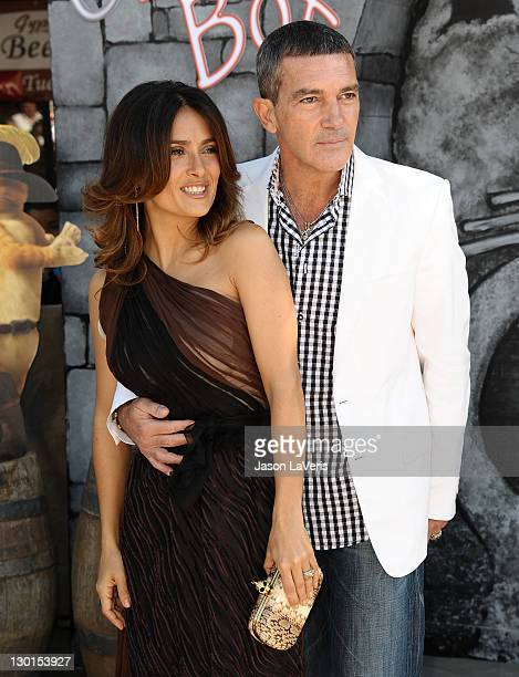 """Actress Salma Hayek and actor Antonio Banderas attend the premiere of """"Puss In Boots"""" at Regency Village Theatre on October 23, 2011 in Westwood,..."""