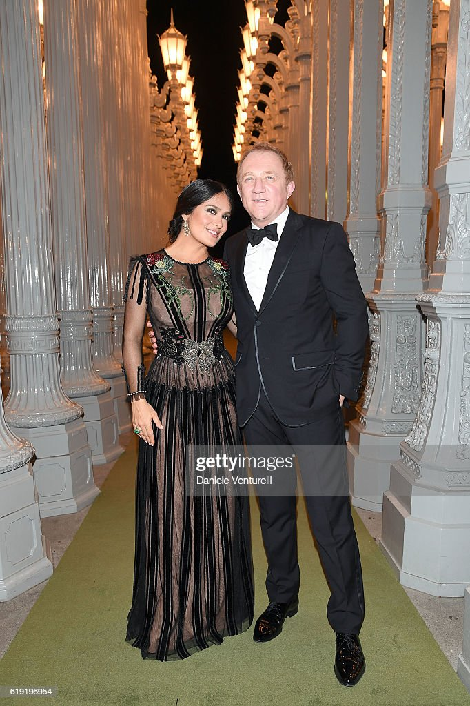 Actress Salma Hayek (L) and CEO of Kering Francois-Henri Pinault attends the 2016 LACMA Art + Film Gala Honoring Robert Irwin and Kathryn Bigelow Presented By Gucci at LACMA on October 29, 2016 in Los Angeles, California.