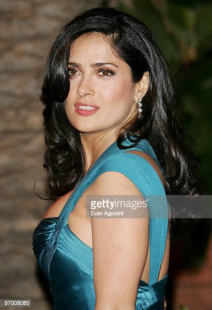 Actress Salma Hayek arrives at the Vanity Fair Oscar Party at Mortons on March 5 2006 in West Hollywood California