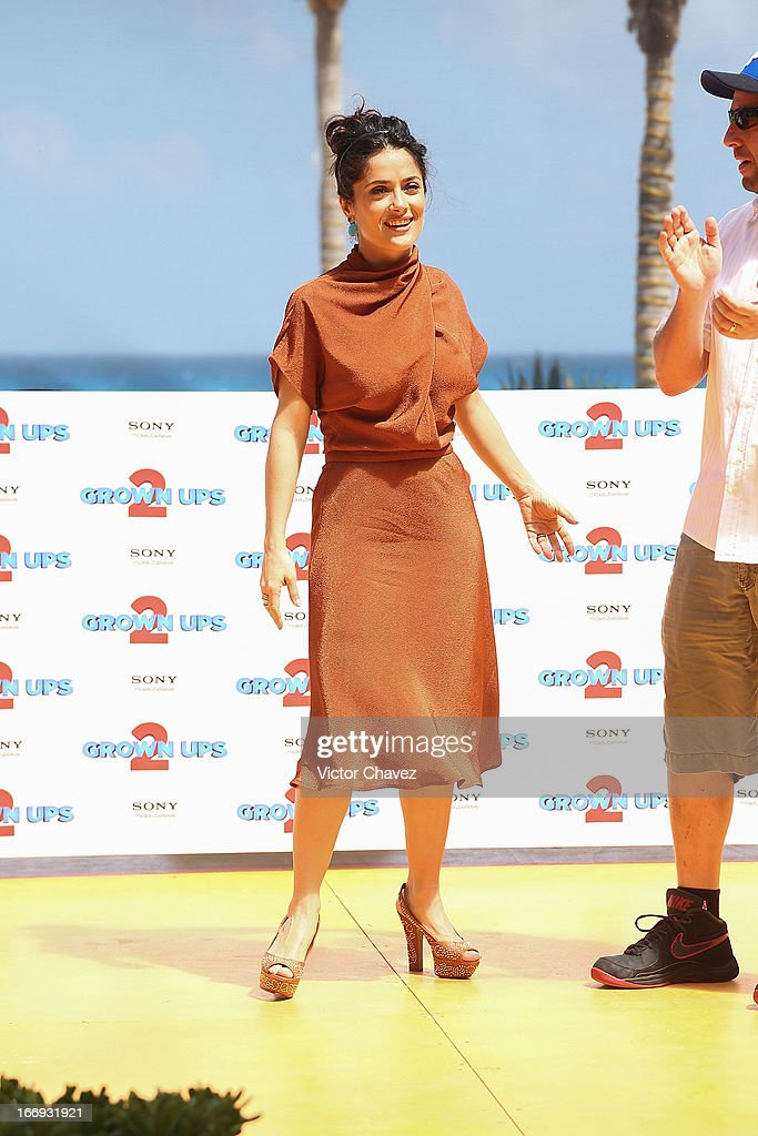 Actress Salma Hayek attends the 'Grown Ups 2' photocall during The 5th Annual Summer Of Sony on April 18, 2013 in Cancun, Mexico.