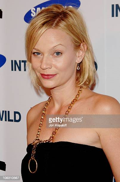 Actress Samantha Mathis arrives at the Los Angeles Premiere Into The Wild at the Directors Guild of America on September 18 2007 in West Hollywood...