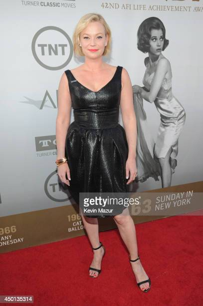 Actress Samantha Mathis attends the 2014 AFI Life Achievement Award A Tribute to Jane Fonda at the Dolby Theatre on June 5 2014 in Hollywood...