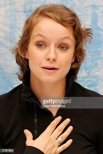 OUT*** Actress Samantha Morton answers questions from the press at a junket for her new film 'In America' at the Four Seasons Hotel October 26 2003...