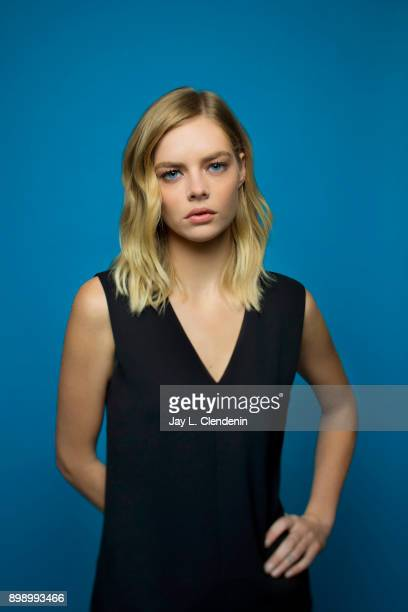 Actress Samara Weaving is photographed for Los Angeles Times on November 8 2017 in Los Angeles California PUBLISHED IMAGE CREDIT MUST READ Jay L...