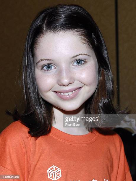 Actress Sammi Hanratty poses for pictures at Starlight Starbright Children's Foundation and Jewelers For Children's presentation of A Sparkling...