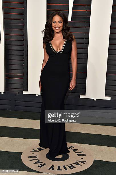 Actress Sanaa Lathan attends the 2016 Vanity Fair Oscar Party hosted By Graydon Carter at Wallis Annenberg Center for the Performing Arts on February...