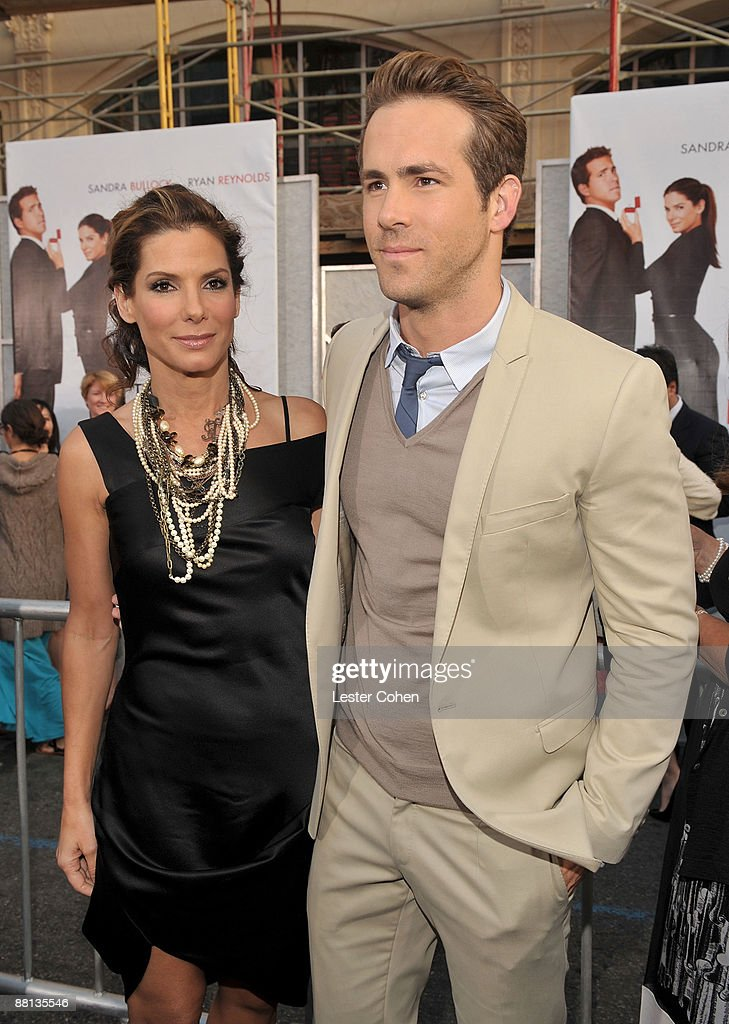 Actress Sandra Bullock And Actor Ryan Reynolds Arrive On Red Carpet Picture Id88135546