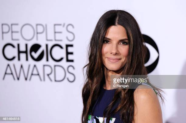 Actress Sandra Bullock arrives at The 40th Annual People's Choice Awards at Nokia Theatre L.A. Live on January 8, 2014 in Los Angeles, California.