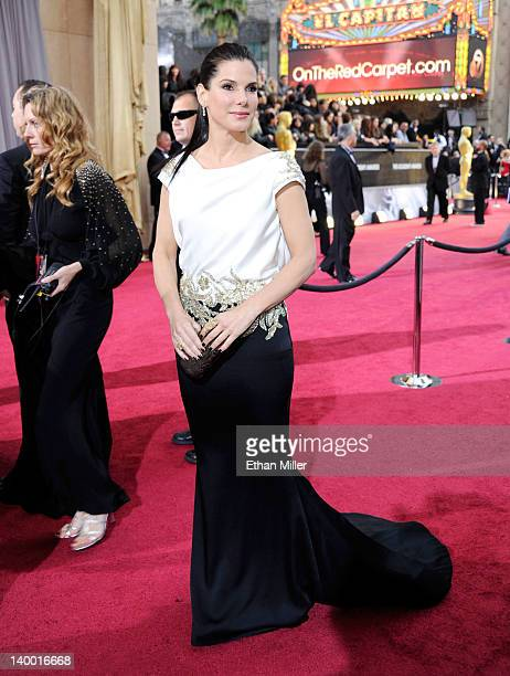 Actress Sandra Bullock arrives at the 84th Annual Academy Awards held at the Hollywood & Highland Center on February 26, 2012 in Hollywood,...