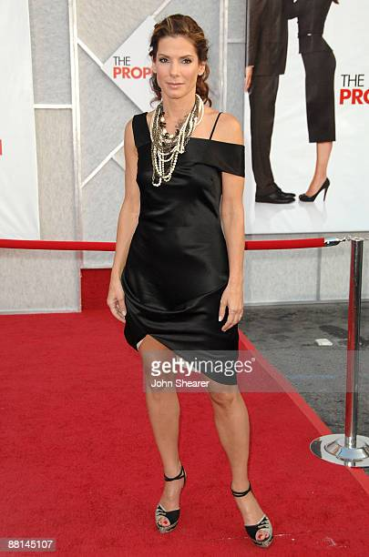 """Actress Sandra Bullock arrives at the Los Angeles premiere of """"The Proposal"""" at the El Capitan Theatre on June 1, 2009 in Hollywood, California."""