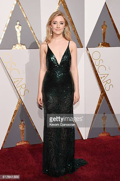 Actress Saoirse Ronan attends the 88th Annual Academy Awards at Hollywood & Highland Center on February 28, 2016 in Hollywood, California.