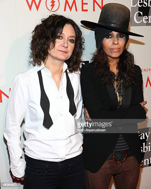 Actress Sara Gilbert and musician Linda Perry attend The LA Gay Lesbian Center's 2014 An Evening With Women at The Beverly Hilton Hotel on May 10...