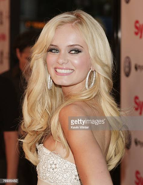 Actress Sara Paxton arrives at the premiere of Universal Pictures and Morgan Creek Production's Sydney White at the Mann Bruin Theatre on September...