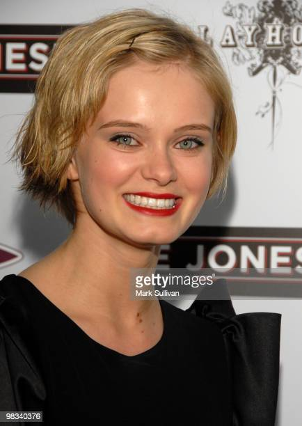 Actress Sara Paxton Attends The The Joneses Los Angeles Premiere At Arclight Cinemas On