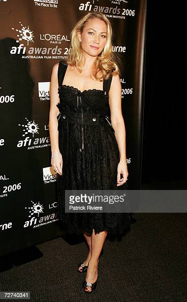 Actress Sara Winter poses in the awards room at the L'Oreal Paris AFI 2006 Industry Awards at the Melbourne Exhibition Centre on December 6 2006 in...