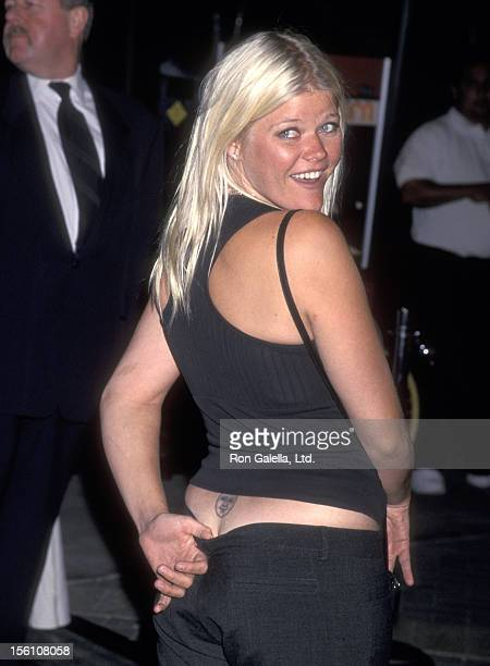 Actress Sarah Ann Morris attends the 'Hardball' Hollywood Premiere on September 10 2001 Paramoun Pictures in Hollywood California