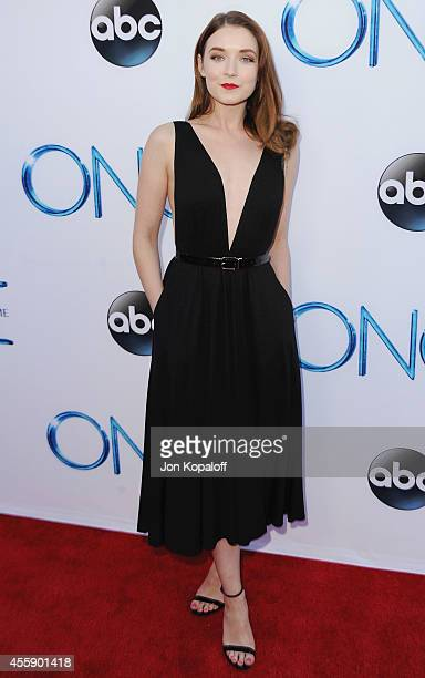 Actress Sarah Bolger arrives at ABC's Once Upon A Time Season 4 Red Carpet Premiere at the El Capitan Theatre on September 21 2014 in Hollywood...
