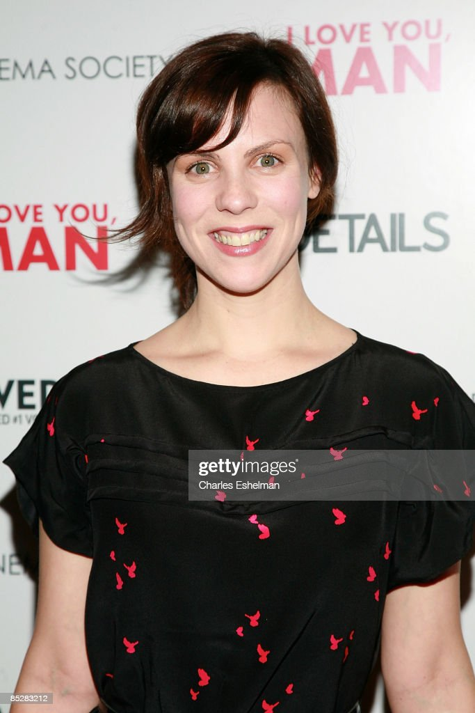 Actress Sarah Burns Attends The Cinema Society And Details Screening News Photo Getty Images