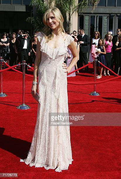 Actress Sarah Chalke arrives at the 58th Annual Primetime Emmy Awards at the Shrine Auditorium on August 27 2006 in Los Angeles California