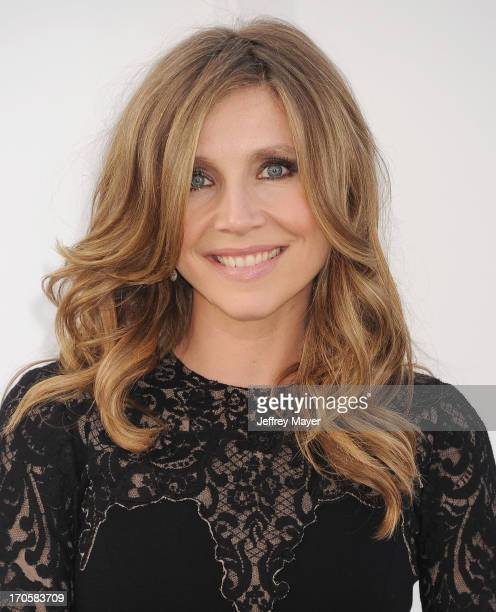 Actress Sarah Chalke arrives at the Los Angeles premiere of 'Star Trek Into Darkness' at Dolby Theatre on May 14 2013 in Hollywood California