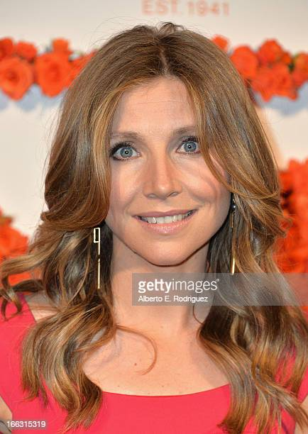Actress Sarah Chalke attends the 3rd Annual Coach Evening to benefit Children's Defense Fund at Bad Robot on April 10 2013 in Santa Monica California