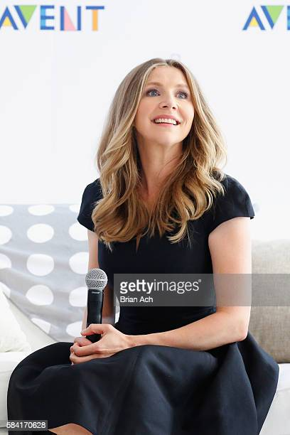 Actress Sarah Chalke celebrates Nourishing Moments with Philips Avent at Gary's Loft on July 28, 2016 in New York City.