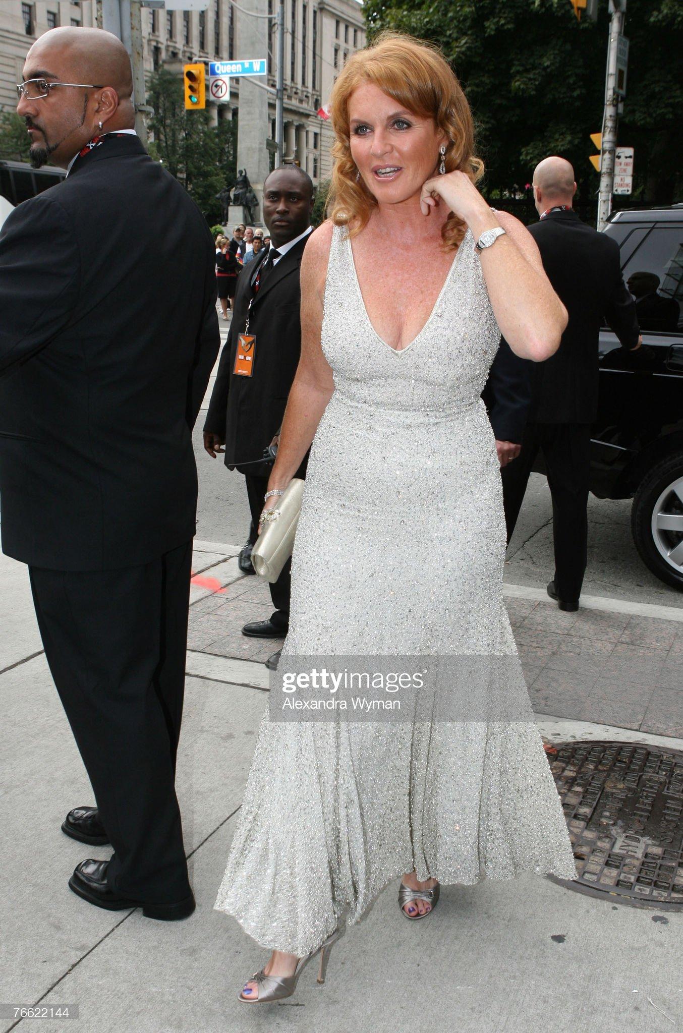 Вечерние наряды Отем пока еще Филлипс и Сары Йоркской The 32nd Annual Toronto International Film Festival - OneXone - Arrivals : News Photo