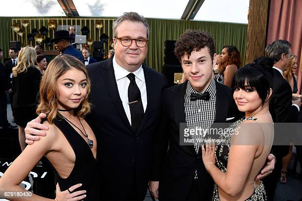 Actress Sarah Hyland actor Eric Stonestreet actor Nolan Gould and actress Ariel Winter attend The 22nd Annual Critics' Choice Awards at Barker Hangar...