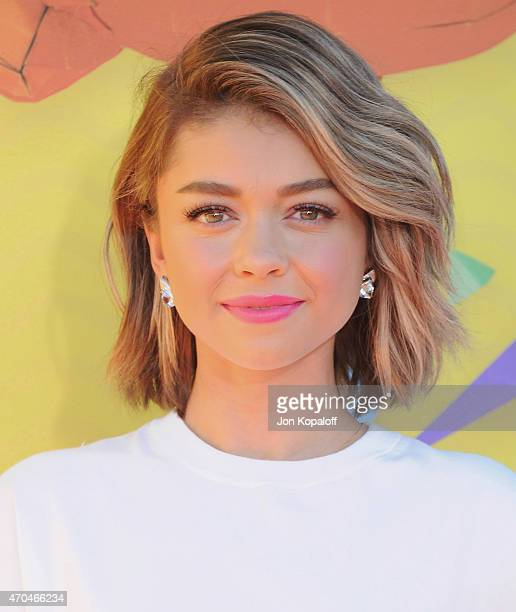 Actress Sarah Hyland arrives at Nickelodeon's 28th Annual Kids' Choice Awards at The Forum on March 28 2015 in Inglewood California