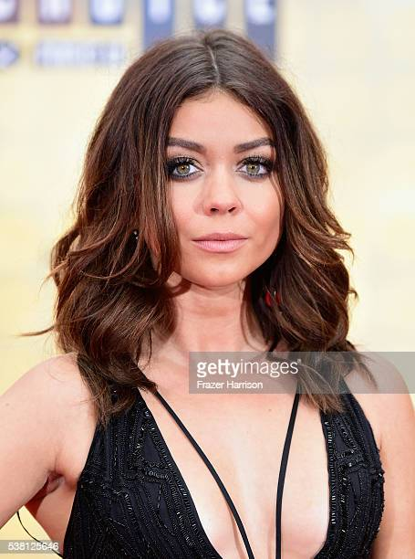 Actress Sarah Hyland attends Spike TV's 10th Annual Guys Choice Awards at Sony Pictures Studios on June 4, 2016 in Culver City, California.