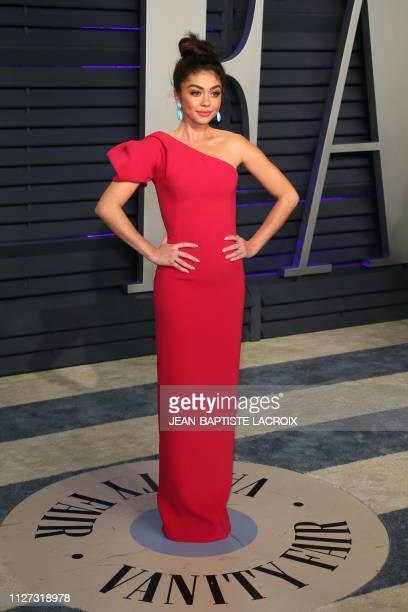US actress Sarah Hyland attends the 2019 Vanity Fair Oscar Party following the 91st Academy Awards at The Wallis Annenberg Center for the Performing...