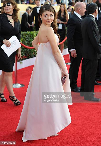 Actress Sarah Hyland attends the 20th Annual Screen Actors Guild Awards at The Shrine Auditorium on January 18, 2014 in Los Angeles, California.