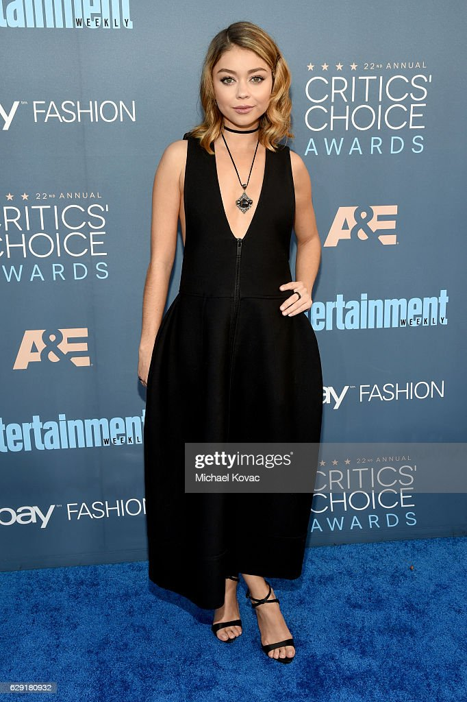 Actress Sarah Hyland attends The 22nd Annual Critics' Choice Awards at Barker Hangar on December 11, 2016 in Santa Monica, California.