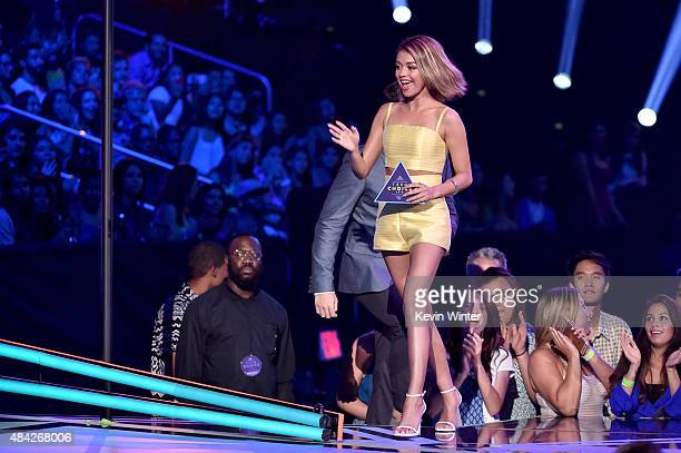 Actress Sarah Hyland speaks onstage during the Teen Choice Awards 2015 at the USC Galen Center on August 16 2015 in Los Angeles California