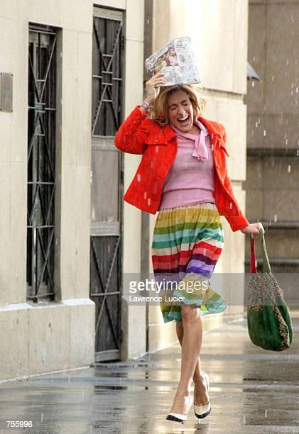 Actress Sarah Jessica Parker acts in a scene from a future installment of the HBO series 'Sex and the City' April 2 2002 in New York City