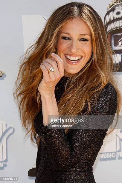Actress Sarah Jessica Parker arrives at the 17th annual MTV Movie Awards held at the Gibson Amphitheatre on June 1 2008 in Universal City California