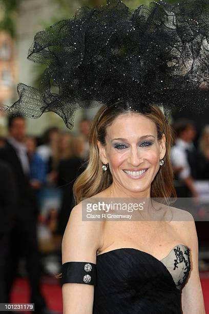 Actress Sarah Jessica Parker arrives at the UK premiere of 'Sex And The City 2' at Odeon Leicester Square on May 27 2010 in London England