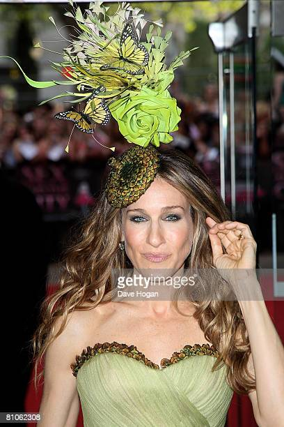 Actress Sarah Jessica Parker arrives at the world premiere of 'Sex And The City' at the Odeon Leicester Square on May 12, 2008 in London, England.